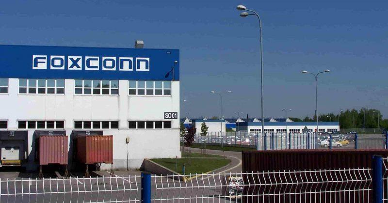 Foxconn là tập đoàn sản xuất linh kiện điện tử lớn nhất thế giới