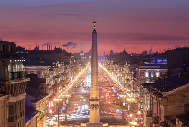 Đại lộ Nevsky Prospekt là niềm tự hào của người dân Nga với bạn bè thế giới (nguồn: Shutterstock)