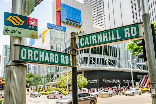 """Đại lộ Orchard là thiên đường mua sắm """"quên lối về"""" tại đảo quốc Sư tử (nguồn: Shutterstock)"""