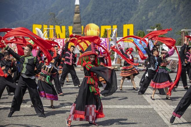Sun World Fansipan Legend - điểm phải đến của các du khách khi ghé Sa Pa.